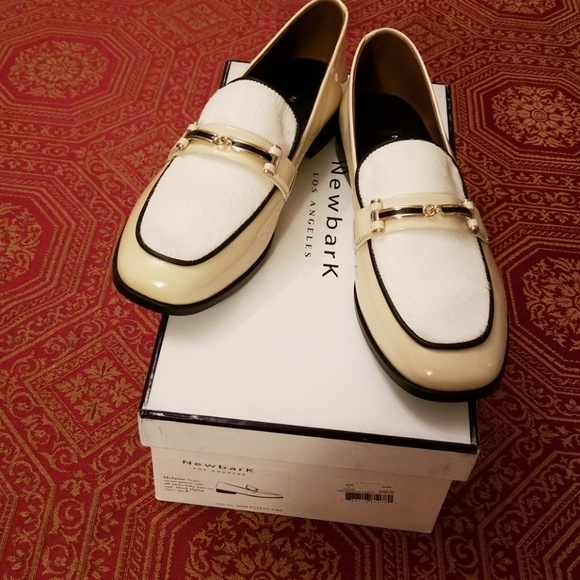fbd5247895f 🆕️Newbark Melanie loafers cream patent off white